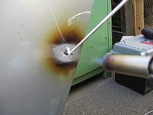 アルミのドアパネル修理②
